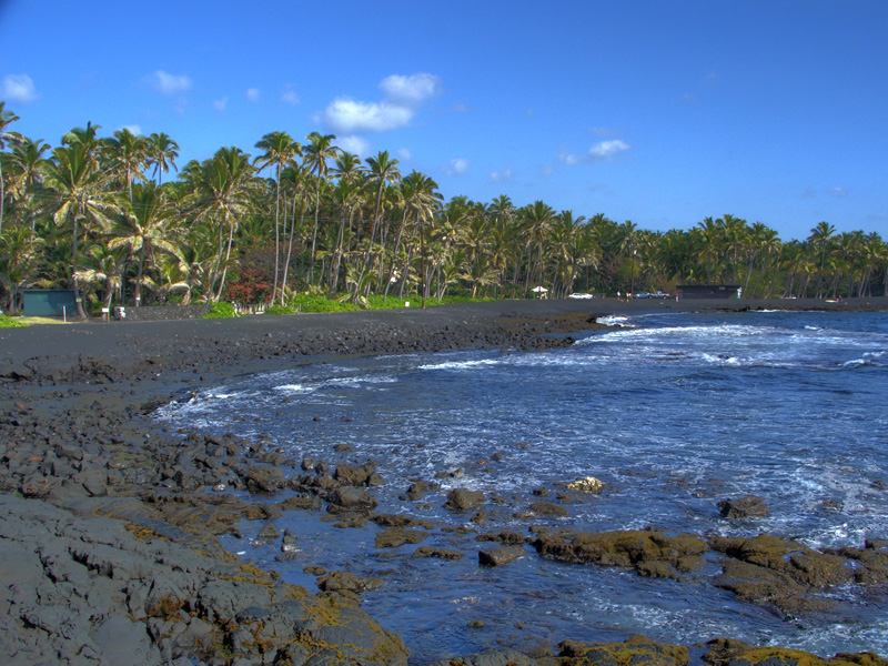 Punaluu-Black-Sand-Beach-